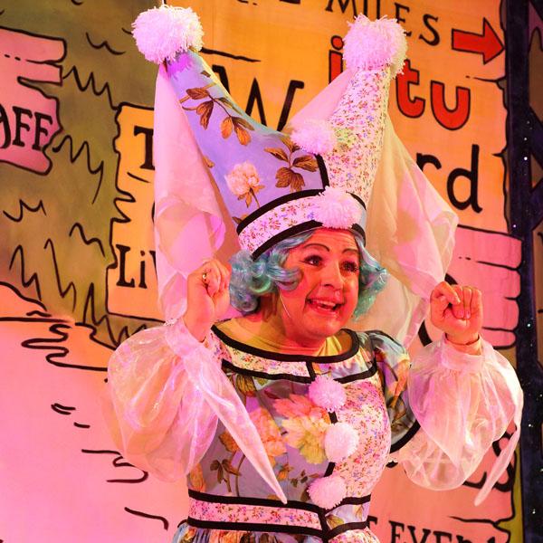 'Robin Hood', <br>Watford Palace Theatre, <br>Designer Cleo Pettitt.